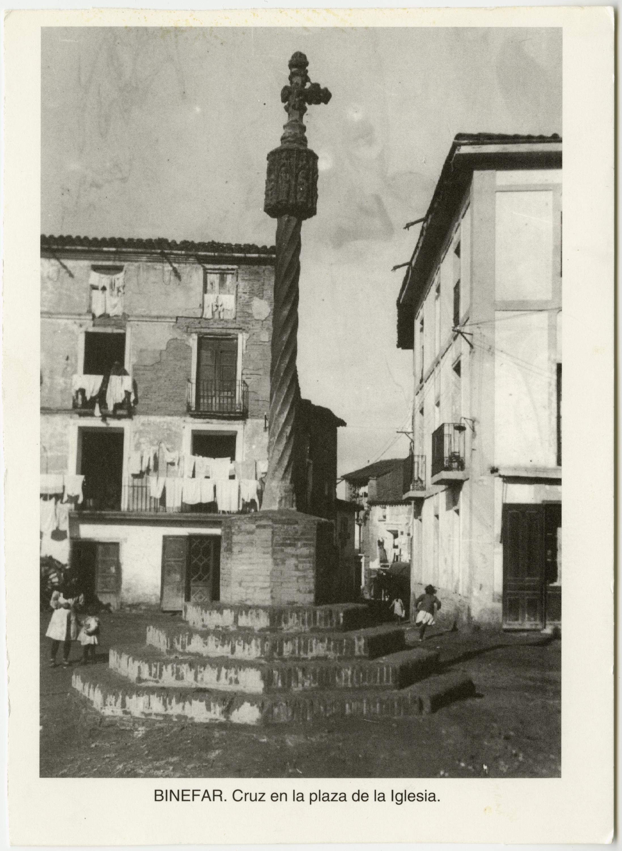 Cruz de Término. Plaza Padre Llanas.