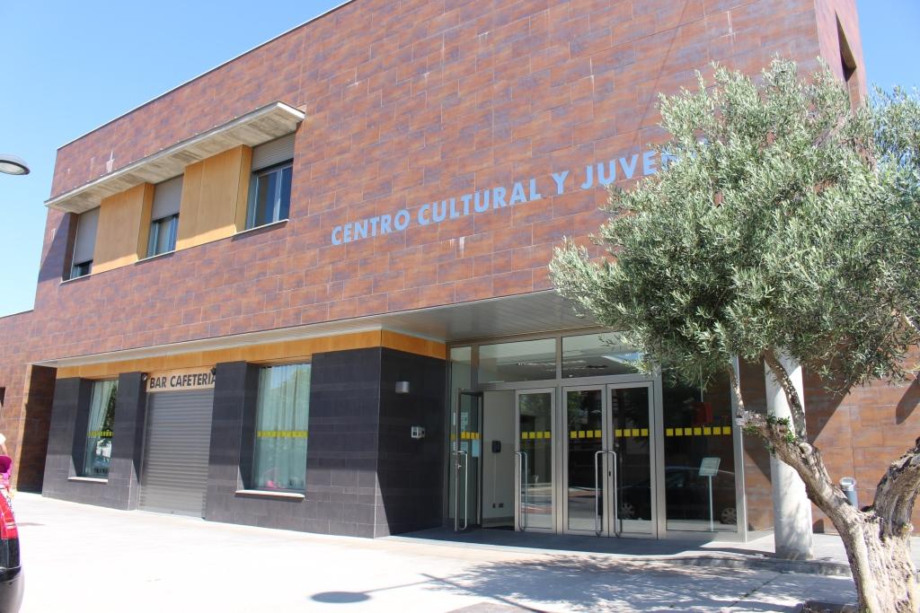 Centro Cultural y Juvenil.