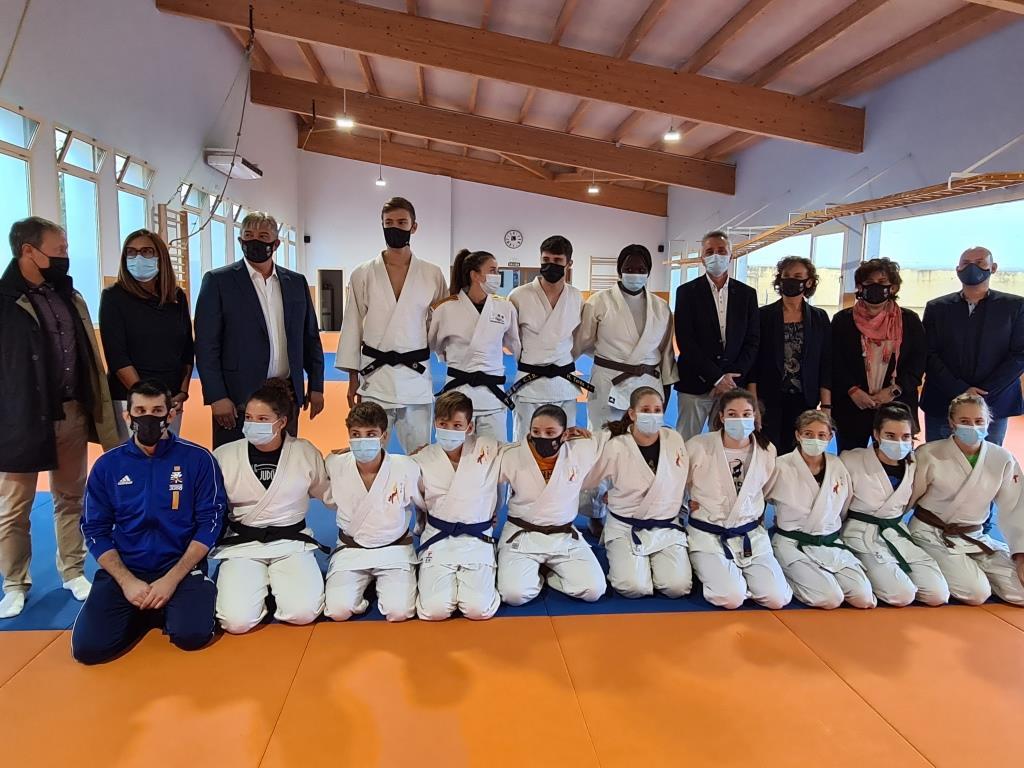 Trece promesas del judo estrenan el proyecto piloto de tecnificación deportiva especializada en Binéfar