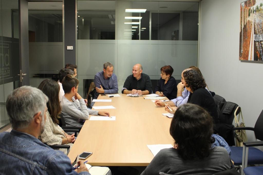 El Consejo Escolar Municipal nace como un importante foro de intercambio de ideas entre la comunidad educativa