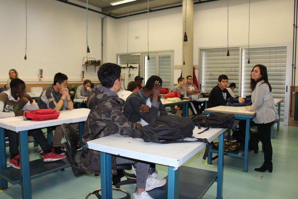 Alumnos de FP del IES Sierra de San Quílez aprenden a gestionar la inteligencia emocional