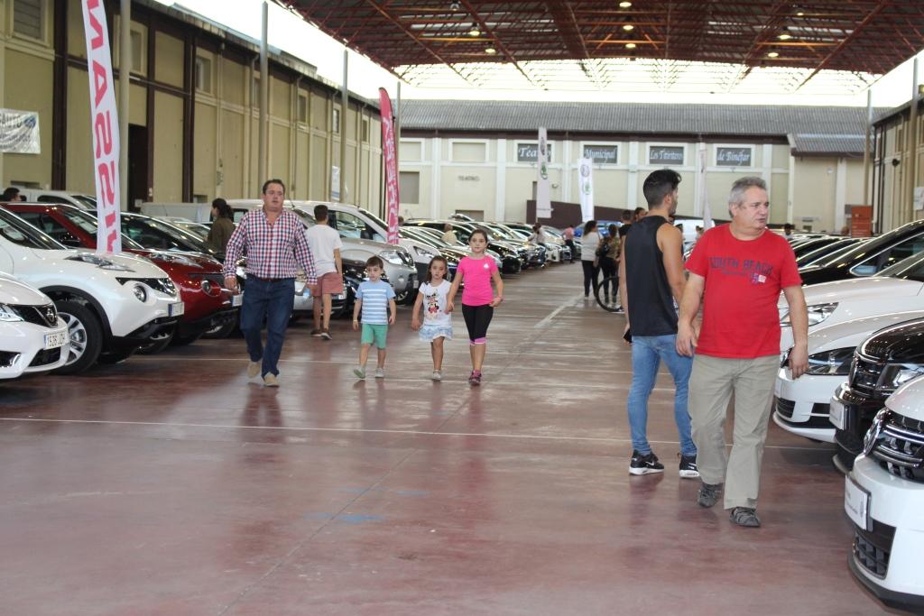 La Feria de Binéfar del Vehículo de Ocasión comienza con una lluvia de ventas