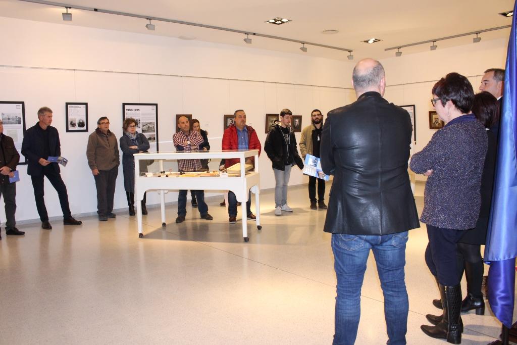 Inauguración exposición Binéfar 100 años de alcaldía