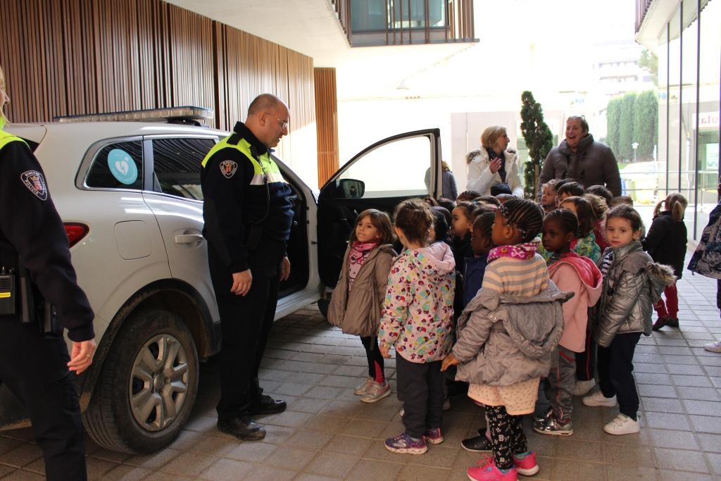 Visita de P4 del CEIP Víctor Mendoza al Ayuntamiento