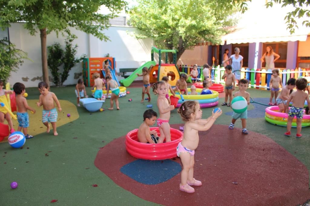 """""""Fiesta del agua"""" en la Escuela Infantil para finalizar el curso"""