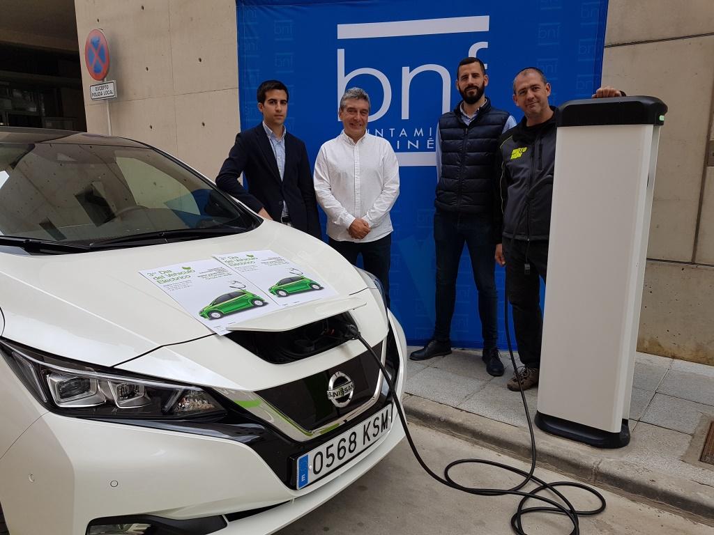 Binéfar celebra el Tercer Día del Vehículo Eléctrico con cuatro expositores