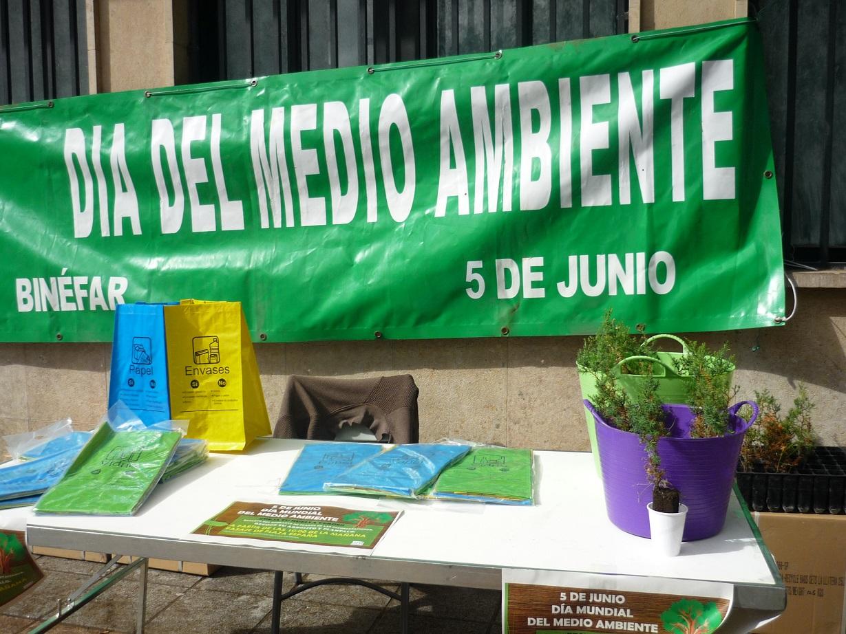 Planta un árbol el Día del Medio Ambiente