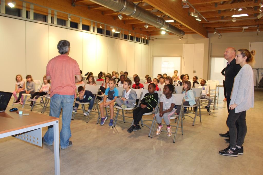 Setecientos alumnos de primaria pasarán por la Semana de la Ciencia de Binéfar