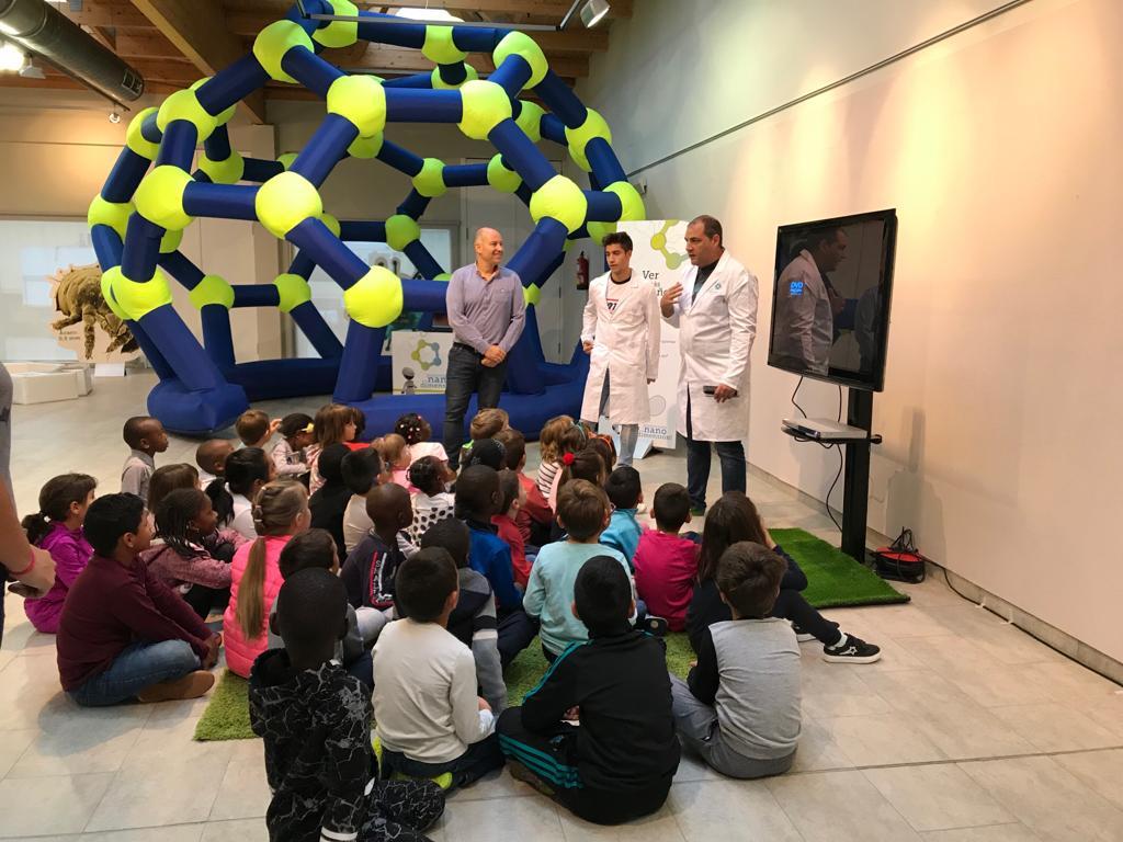 Escolares de Binéfar conocerán la nanociencia a través de juegos, talleres y espectáculo