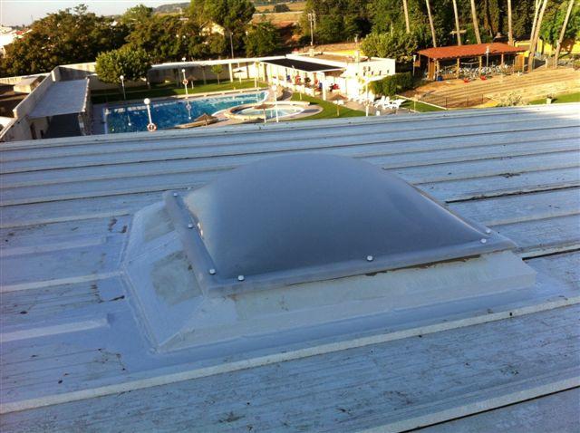 El pleno de Binéfar dota económicamente el proyecto de reparación de las claraboyas del pabellón polideportivo El Segalar