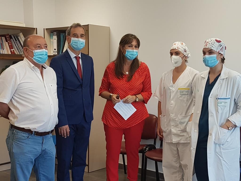La consejera de Sanidad ha visitado el Centro de Salud de Binéfar